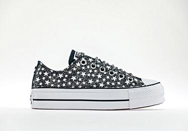 Black glitter microstars