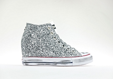 White silver-glitter